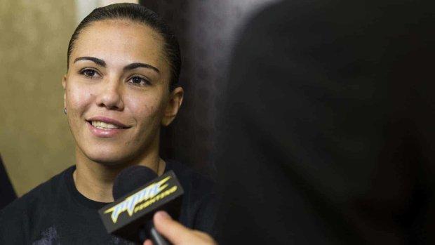 Зірка UFC вийшла заміж за подругу-біолога: зворушливі кадри