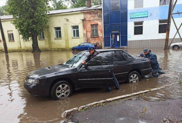 Дожди в Одессе, фото: Думская