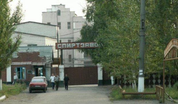 Спиртзавод на Львівщині відновлює роботу після 8 місяців простою