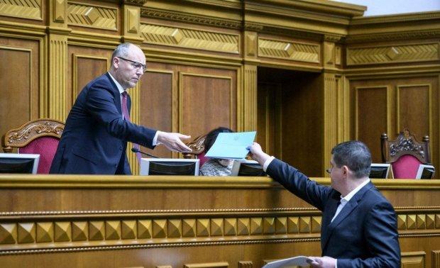 Рада мощно прижала Кремль: принят важный проект, подробности
