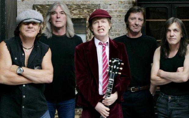 Помер засновник легендарної AC/DC