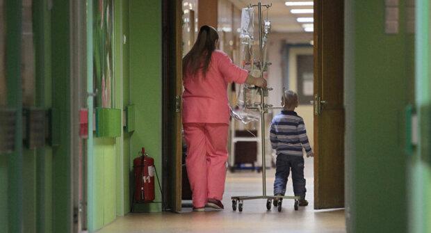 """Отомстил-по взрослому: в Запорожье из школы срочно эвакуируют детей из-за """"злого"""" мальчика"""