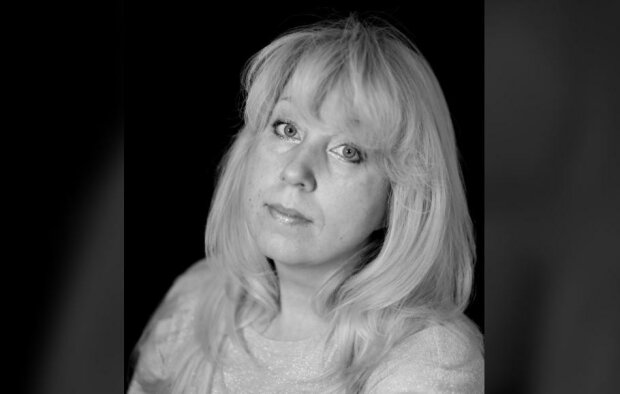 """""""У моїй смерті прошу звинувачувати Російську Федерацію"""": журналістка спалила себе під будівлею МВС"""