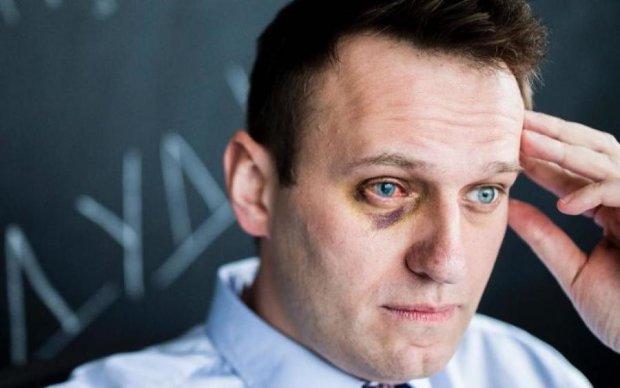 Навальний розкрив секрет свого закордонного паспорта