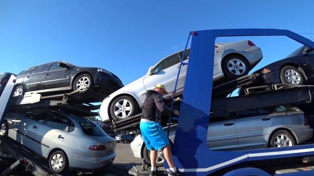 Зановими правилами розмитнення вУкраїні оформили лише 74 авто
