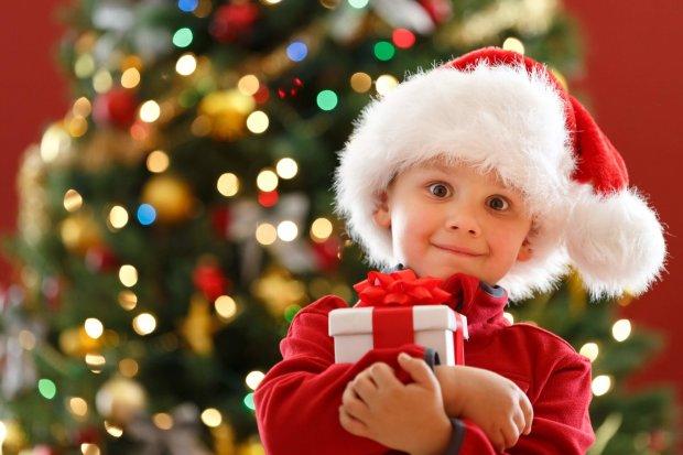 Як з цукерок створити чарівний подарунок на Новий рік: 10 найкращих ідей