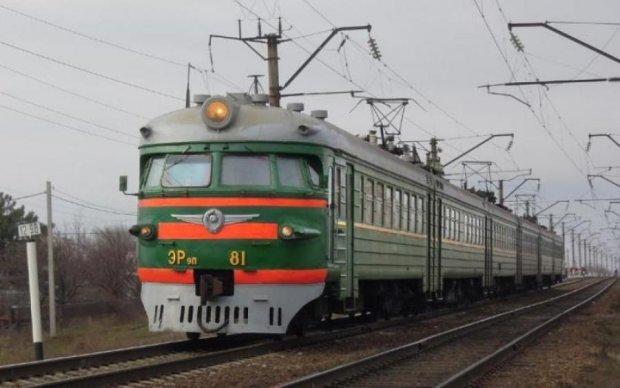 Заминированный поезд в России оказался незаминированным. Но это не точно