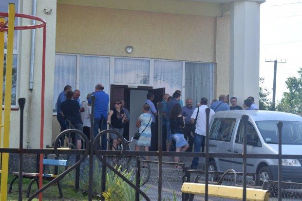 Львів'ян затягує у пастку будинок смерті: 10 поверхів жаху, люди втомилися боятися