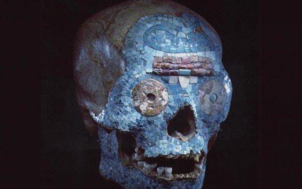 Ужас! Гигантский череп несется к Земле