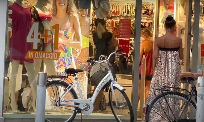 в Италии, скриншот из видео