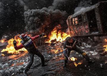 """П'яті роковини Майдану: у Луценка раптово """"розкрили"""" майже всі злочини. Але тільки на словах"""