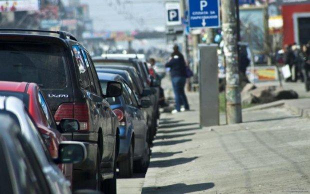 Парковка по-новому: где в Киеве появятся многоуровневые стоянки