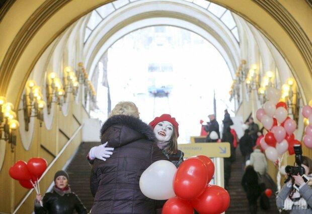 День Святого Валентина в Києві, фото: Уніан
