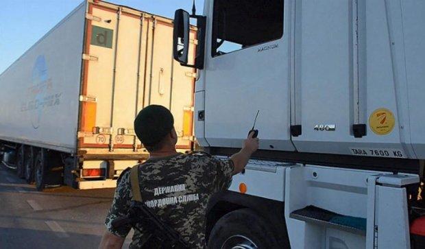 45 тонн контрабандної яловичини не пропустили  в Крим (фото)