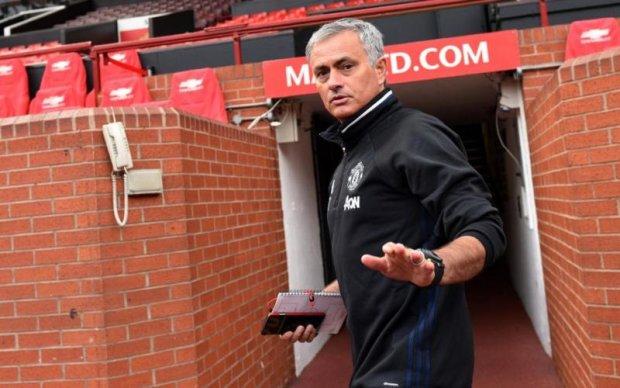 Англійська фанатка присвятила власне тіло тренеру Манчестер Юнайтед