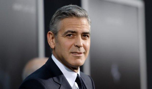 Клуни вдохновился примером Бельмондо