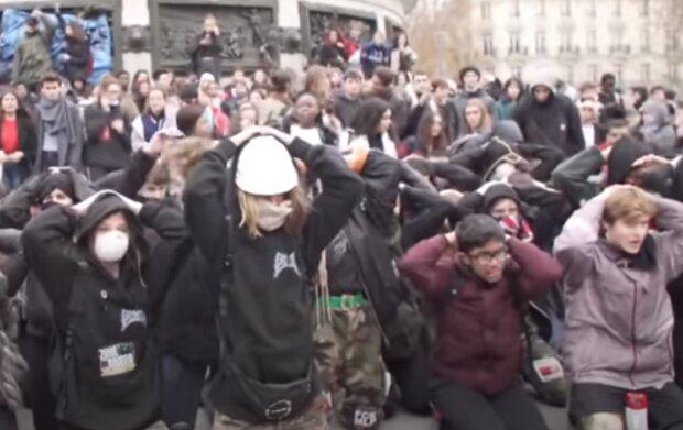 """В Тернополе восстали темнокожие студенты, депутат сболтнул лишнее - """"Вручить сухари и депортировать"""""""