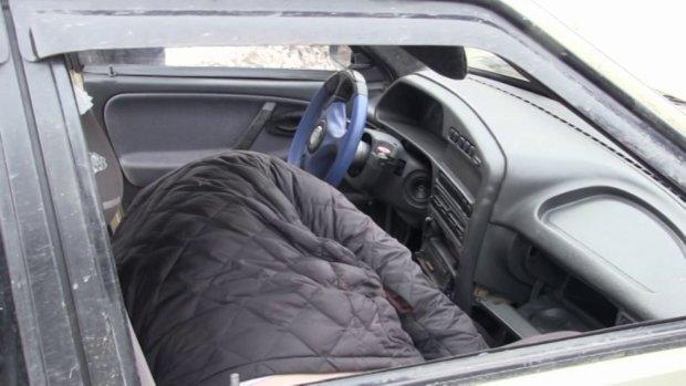 Полиция нашла труп бизнесмена на водительском сидении: таинственное убийство взбудоражило Украину