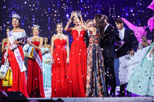 """На """"Міс Україна 2019"""" назвали ім'я переможниці: фото головної красуні країни"""