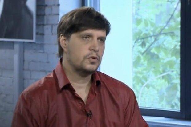 Жарких про мітинг журналістів закритих каналів: нинішня влада знищує Україну
