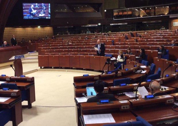 ПАРЄ позбавила Україну місць в комітеті: санкції для Росії під питанням