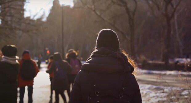 Погода на 27 ноября в Украине одних пригреет солнышком, а других намочит дождем