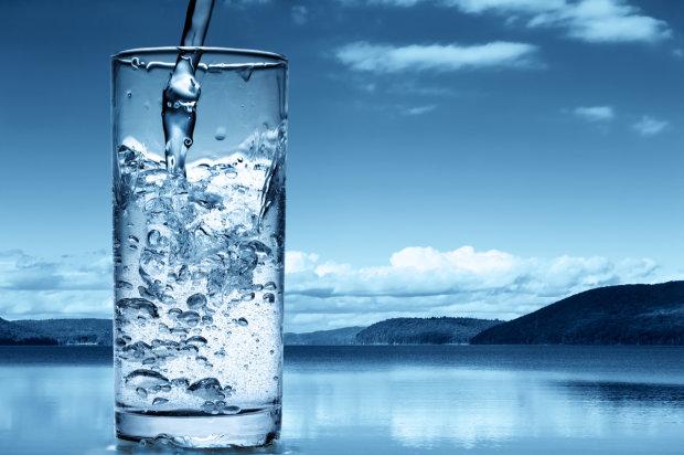 Питьевая вода на Харьковщине оказалось опасной для жизни