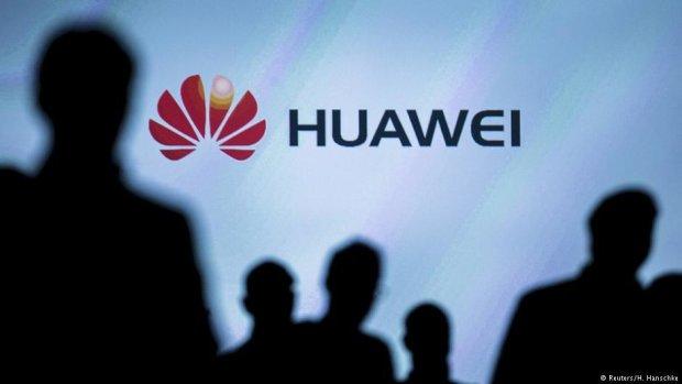 Huawei опозорилась воровством идей у известного музыканта, репутацию уже не спасти