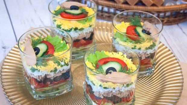Салати у склянці, ілюстративне фото YouTube
