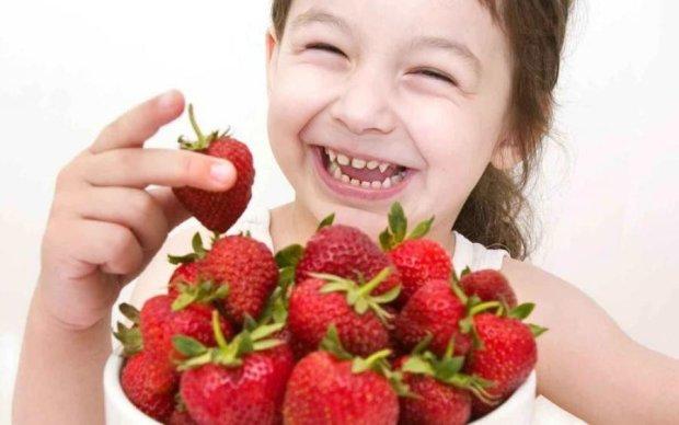 Запретная клубничка: кому стоит избегать сладких ягод