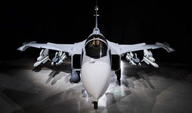 Шведські авіабудівники презентували унікальний винищувач