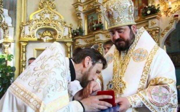Попидло на мерседесі: відома письменниця висловилася про священика УПЦ МП