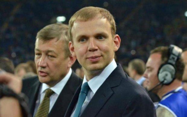 Беглый олигарх Курченко поставляет уголь из ЛДНР в Украину под патронатом Порошенко, - СМИ