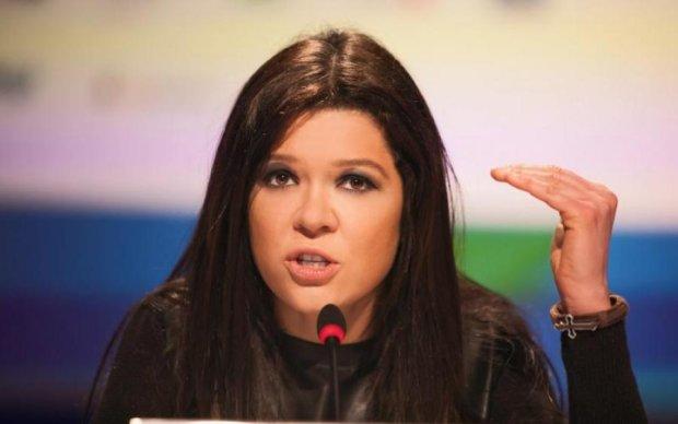 Любит пожестче: Руслана в кожаных штанах показала железный пресс