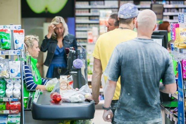 Самый опасный продукт попал в холодильники украинцев: настоящий яд