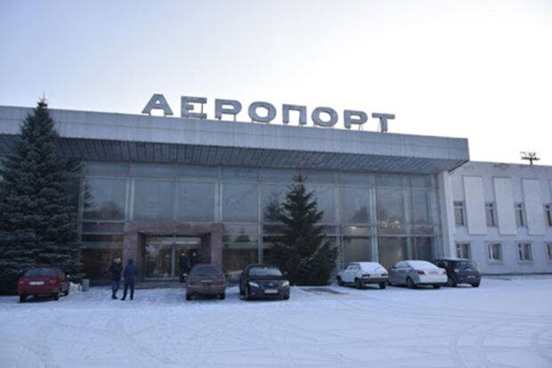 Аэропорт-Полтава / фото Крылья