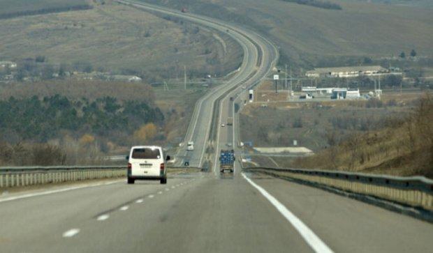 У чотирьох українських областях експерементально відремонтують дороги