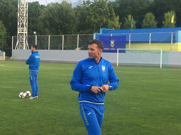 Шевченко дал мастер-класс во время тренировки сборной Украины: видео