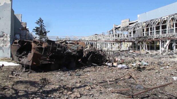 """Росія збуває окупантам заіржавілу зброю - зберігають """"скарби"""" на занедбаних заводах"""