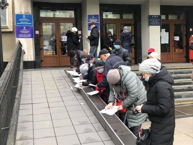 Михайлішин виплатить чернівчанам 3 мільйони гривень - пообіцяв до виборів