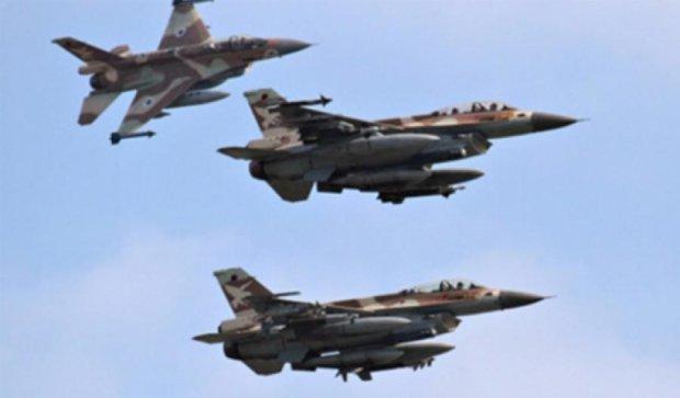 Ізраїль завдав авіаударів по Сирії