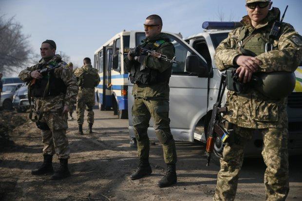 Четверо українців повертаються з полону окупантів