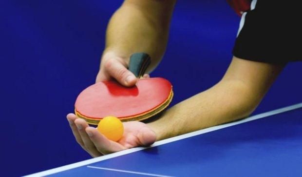 Спортсмен виконав магічний удар у настільному тенісі