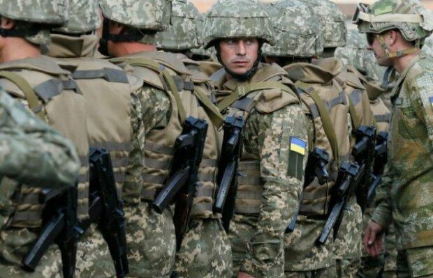 """Пожежа у військовій частині під Львовом забрала життя майора: """"Боровся з вогнем до останнього"""""""