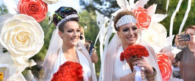 Свадьба девушек, фото: скриншот из видео