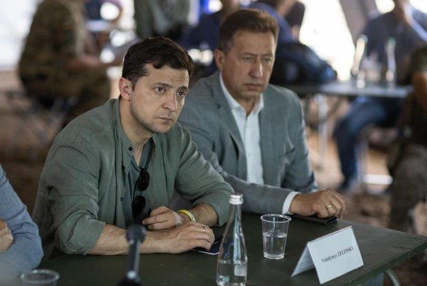 Главное за ночь: скандал Зеленского с таможней, месть фанатам Порошенко, новые тарифы на воду и связь Филарета с Россией