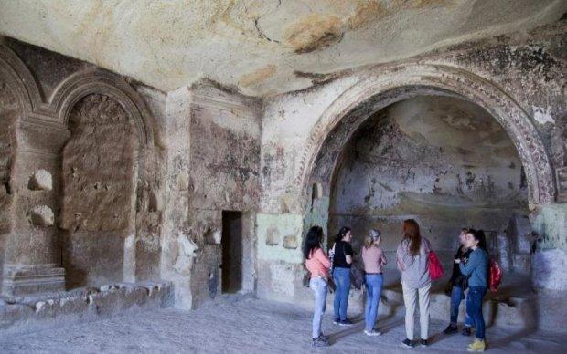 Старше Христа: турок нашел таинственный подземный город