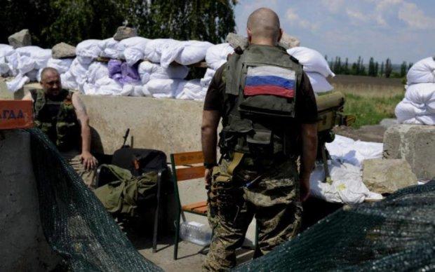 Кров за російські рублі: лакей Захарченка шокував зізнанням