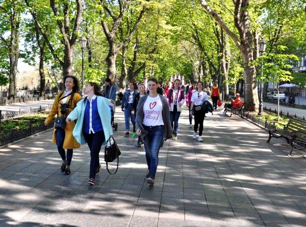 """Одне із чудес Одеси """"оживили"""" для всієї України: дух захоплює, видовищні кадри"""