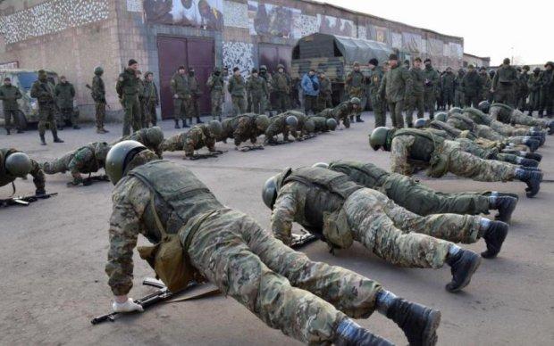 """Дирляндія """"процвітає"""": в мережі висміяли військові змагання бойовиків"""
